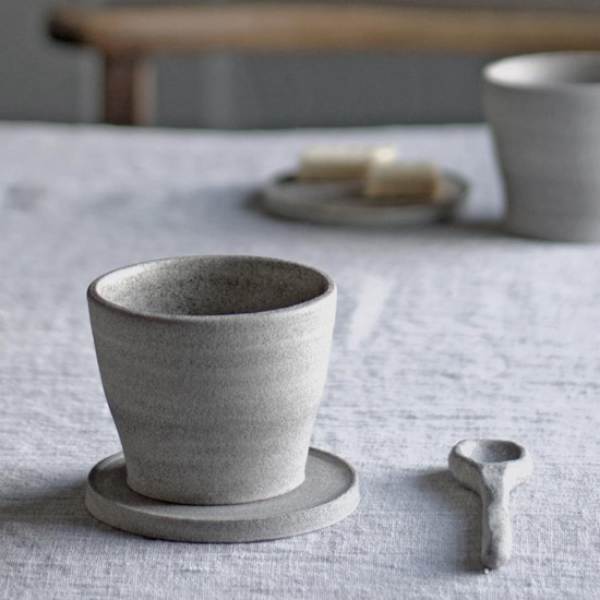 A simple handcrafted cup
